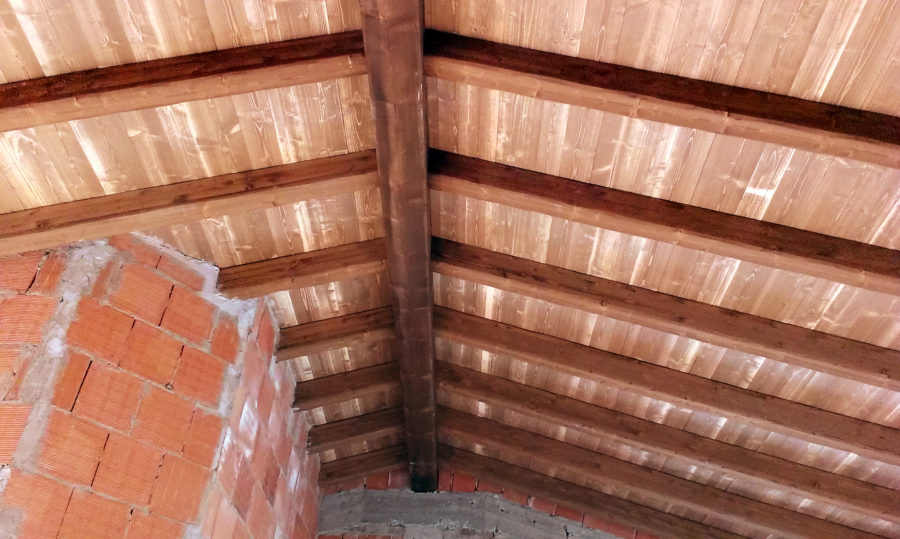 tetto legno massello